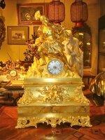 72. Антикварные Каминные часы. Бронза, золочение. 19 век. 50х16х76 см. Цена 7800 евро