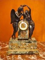 81. Антикварные Часы  со скульптурой Влюблённая пара. Из бронзы и мрамора. 19 век. 37х16х53 см. Цена 3800 евро