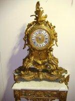 95. Антикварные Каминные часы. 19 век. 63x78x30 см. 6500 евро