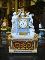 Антикварные Часы с музыкальным механизмом. 1780 г. 57x35x22 см. 19000 евро