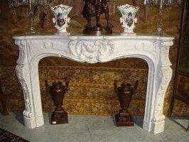 48. Антикварный Портал для камина. Около 1900 года. 168x44x105 см. Цена 7000 евро