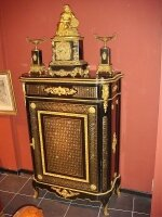 10. Антикварный Комод в стиле Буль. 19 век. 127x93x40 см. Цена 6000 евро.