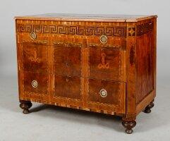 Антикварный Комод. Около 1750 г. 102x54x80 см. Цена 4000 евро