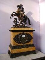 115. Антикварные Каминные часы Укрощение коня. Около 1870 г. Высота 70 см. Цена 4000 евро.