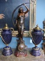 116. Антикварные Каминные часы. Мрамор, бронза. 19 век. Высота 75 см. Цена 4300 евро.