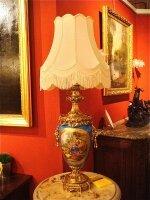 165. Антикварная Настольная лампа. Севрский фарфор, бонза. 19 век. 112x75 см. Цена 4000 евро.