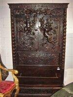 195. Антикварный Резной гардероб с дверками. Около 1780 г. 225x133x36 см. Цена 5000 евро.