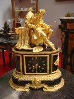 320. Антикварные Каминные часы. Художник. 19 век. 42x25x57 см. Цена 3700 евро