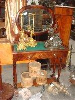 50. Антикварный Туалетный столик. Около 1900 года. 90х48х140 см. Цена 1500 евро.