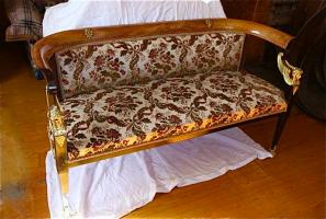 87. Антикварный Гарнитур: диван, крестол, стол. 1850 г. Цена 5000 евро. (№ 3)
