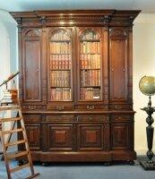 Антикварный Книжный шкаф для кабинета, библиотеки. 1870 г. Ренессанс. 263x208 см. Цена 7800 евро
