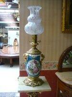 46. Пара антикварный фарфоровых ламп с бронзой. 19 век. Высота 72 см. Цена 3500 евро