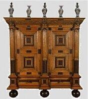 34. Антикварный Шкаф. 18 век.