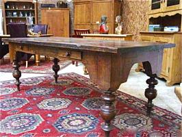 57. Антикварный Стол. XVIII век.
