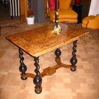 77. Антикварный Стол. Около 1680 года. 100x64x70,5 см.