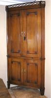 96. Антикварный Угловой книжный шкаф. 1790 год. 233x115x82 см