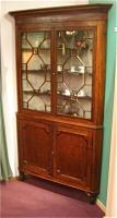 97. Антикварный Угловой книжный шкаф. 1790 год.