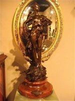 50. Антикварная Подписная бронзовая скульптура. XIX век. Высота: 78 см. 7000 евро.