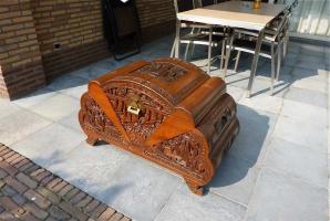 81. Антикварный Китайский сундук. Около 1930 года. 1500 евро