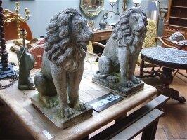 87. Пара Антикварных каменных львов. 19 век. 33х21х55 см. Цена 2500 евро