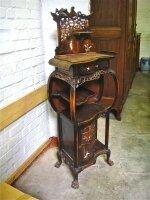 93. Антикварная Этажерка. Около 1900 года. 50х38х138 см. Цена 1500 евро