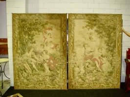 122. Пара антикварных гобеленов. Около 1920 г. 140x200 см. Цена 3000 евро