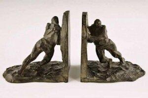 104. Скульптура. Арт-Деко. 1925 г. 12,5х8,5х14 см. Victor Joseph Ghislain Demanet