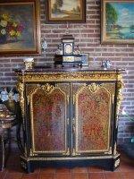 34. Антикварный Комод Буль. Около 1850 года. 132x50x128 см. 10000 евро.