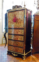 48. Антикварный Секретер Буль. 19 век. 64x35x122 см. Цена 6000 евро.