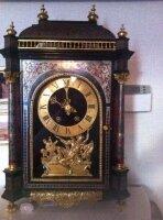 Настольные антикварные часы в силе Буль. 17 век.