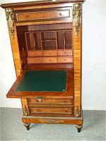 137. Антикварный Секретер. Около 1900 г. Цена 1500 евро