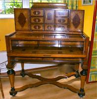 147. Антикварный Секретер. Около 1830 года. (№ 1)