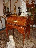 2. Антикварное Бюро. 19 век. 180x95x57 см. Цена 2900 евро
