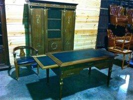 37. Антикварный Кабинет в стиле ампир. Шкаф, стол и кресло Около 1900 года.
