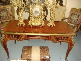 55. Антикварный Письменное бюро, кресло, шкаф. 19 век.
