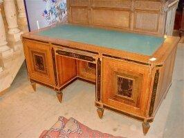 76. Антикварный Письменный стол. Англия. 19 век. 164x82x78 см