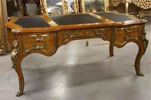 83. Антикварный Письменный стол. Около 1960 г. 185х100х80 см. Цена 3500 евро