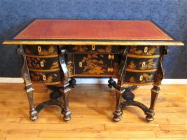98. Антикварный Письменный стол. 1850 года. 80x120x54 см
