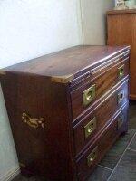 Антикварное Офицерское походное бюро (комод). 61x57x33 см. Цена 1700 евро.