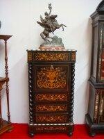 Антикварный Секретер с маркетри. 19 век. 72x39x141 см. Цена 3000 евро