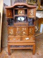 6. Антикарный Китайский шкафчик. 19 век. 79x151x29 см. Цена 6500 евро.