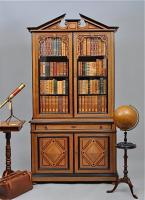 59. Антикварный Книжный шкаф. 1880 г. 120x50x230 см. Цена 4850 евро