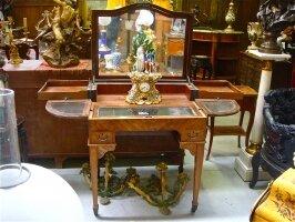 76. Антикварный Складной столик. XIX век. 78х56х88 см. 125х70х149 см. Цена 4500 евро