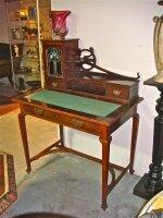 82. Антикварный Столик-бюро в стиле Арт-деко. Около 1900 г. 95x60x124 см. Цена 2000 евро