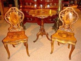 86. Антикварный Стол и два стула. 19 век.