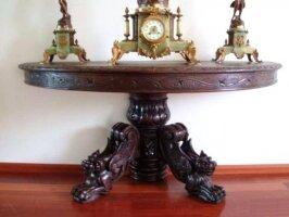 Полукруглый консольный антикварный столик. Дерево, резьба. 19 век. 145x68x62 см