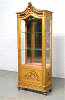 19. Антикварная Витрина. Около 1880 года. 74x33x191 см. Цена 2900 евро.