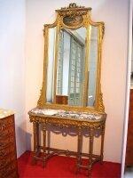 9. Антикварное Зеркало с консольным столом. 19 век. 4000 евро.